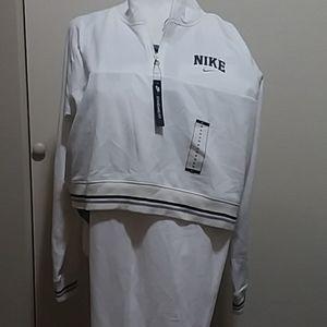 Nike Pants - NIKE SWEAT SUIT CROPPED TOP